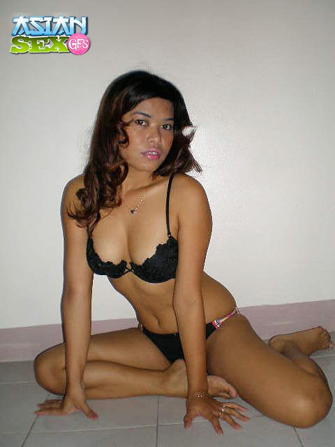 Young Eveline Model « Search Results « Black Models Picture