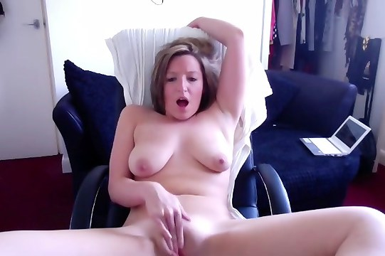 Preview More Teen GFs - Although her tits were saggy, my ex girlfriend was quite hot. In this video she masturbates quite nicely and it's a rather pretty sight.